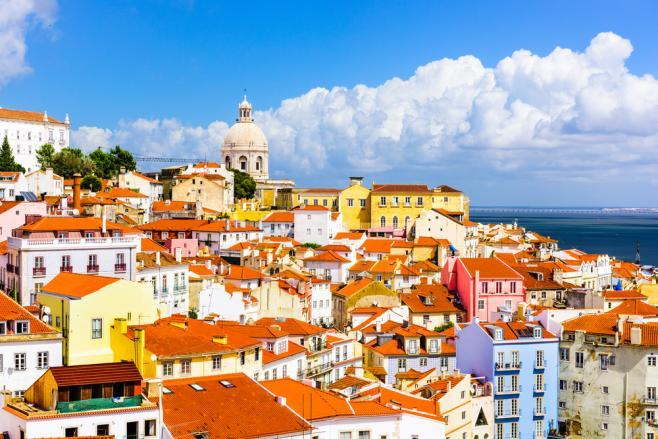 ポルトガルのワーキングホリデーまるわかり!ビザ・費用・最新情報など