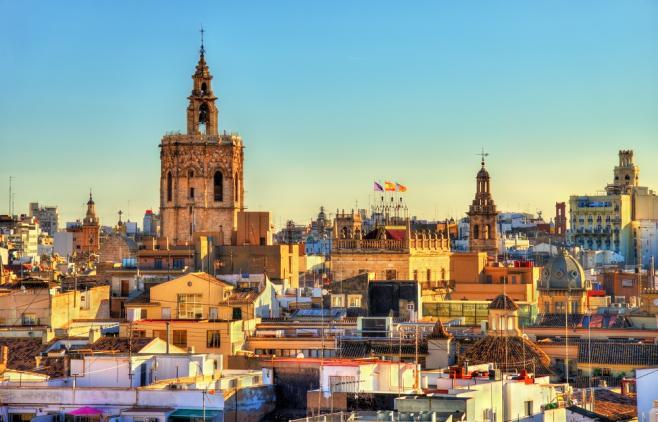 スペインのワーキングホリデーまるわかり!ビザ・費用・最新情報など