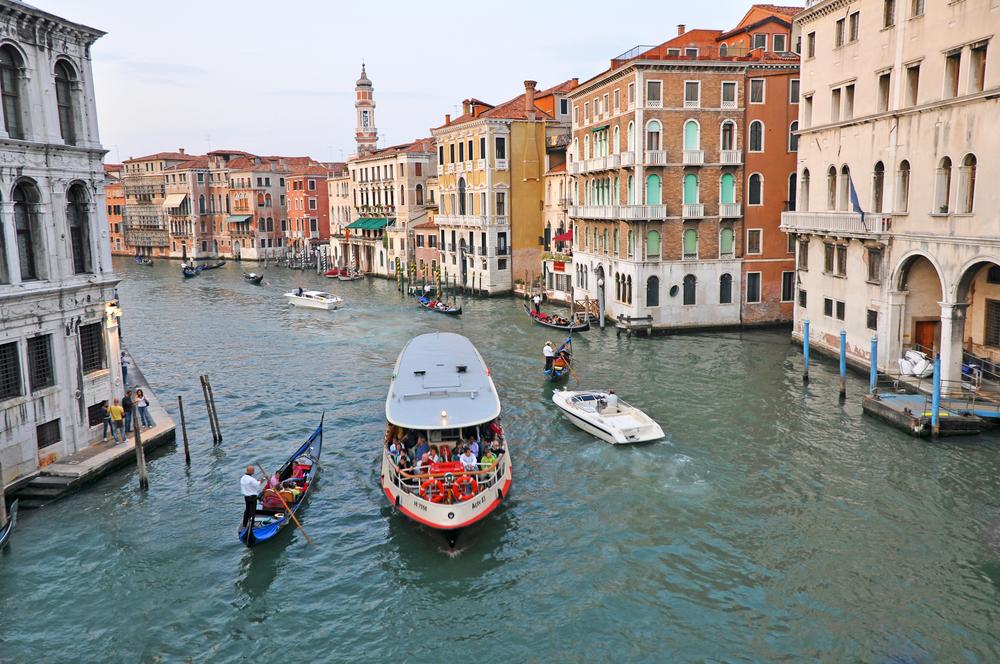 ヴェネチアの水上バス