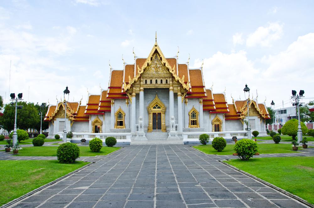 寺院がたくさんあるタイ。独特の雰囲気の建造物は感動的です