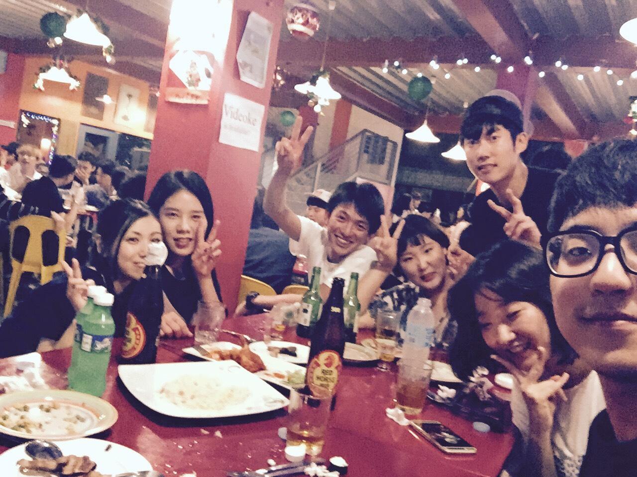 韓国、台湾、ベトナムなど多国籍のクラスメイトとディナー