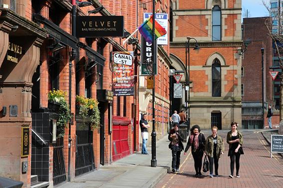赤レンガの建物が美しいお洒落な街マンチェスター