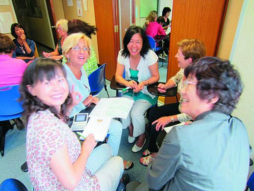 多彩なコースと世界中から幅広い年齢層の留学生が集まる老舗学校(SA95)