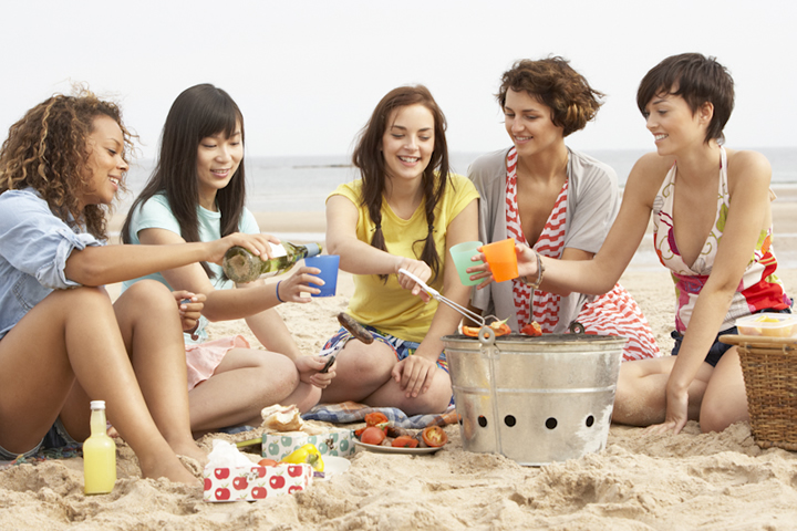 放課後は世界中のお友達とビーチでおしゃべり♡