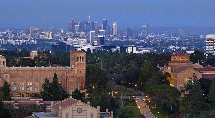 UCLAとロサンゼルス遠景