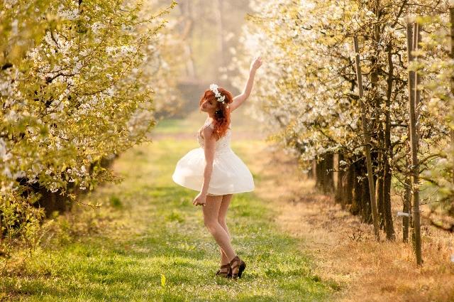 初心者から経験者まで、ダンスのジャンルも様々!あなたも海外でダンスしてみませんか?