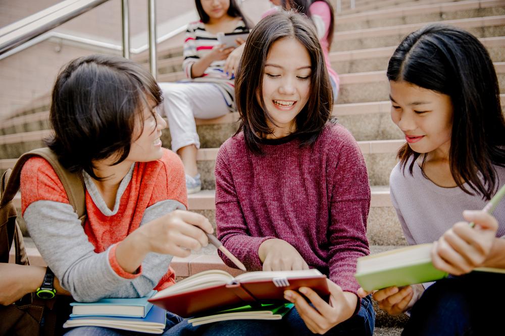 豊富な専門分野から選べる!正規のアメリカ留学プログラム【高校生対象】