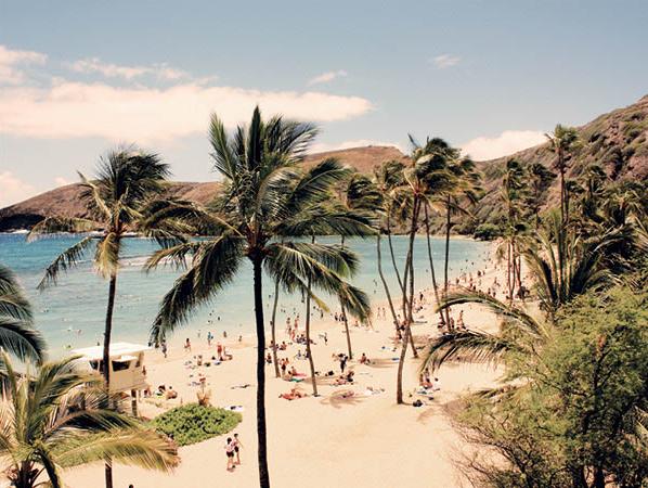 常夏の太陽とビーチ!ホノルルで欲張りなオトナのバケーション留学