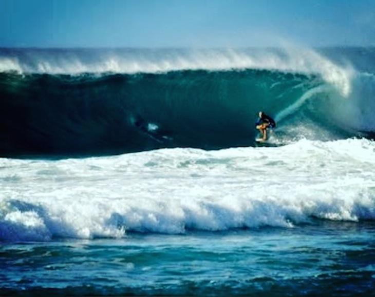 オアフ島ノースショアでサーフィン!