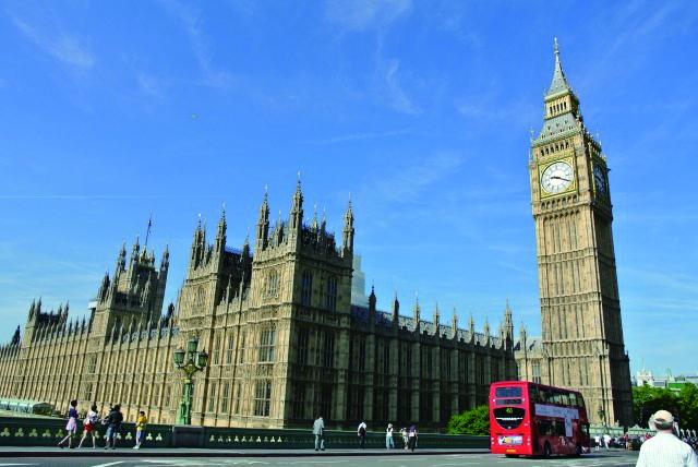 世界トップレベルの実績と規模を誇るロンドンの人気校で英語を学ぶ!勉強も遊びも満喫できるイギリス語学留学♪