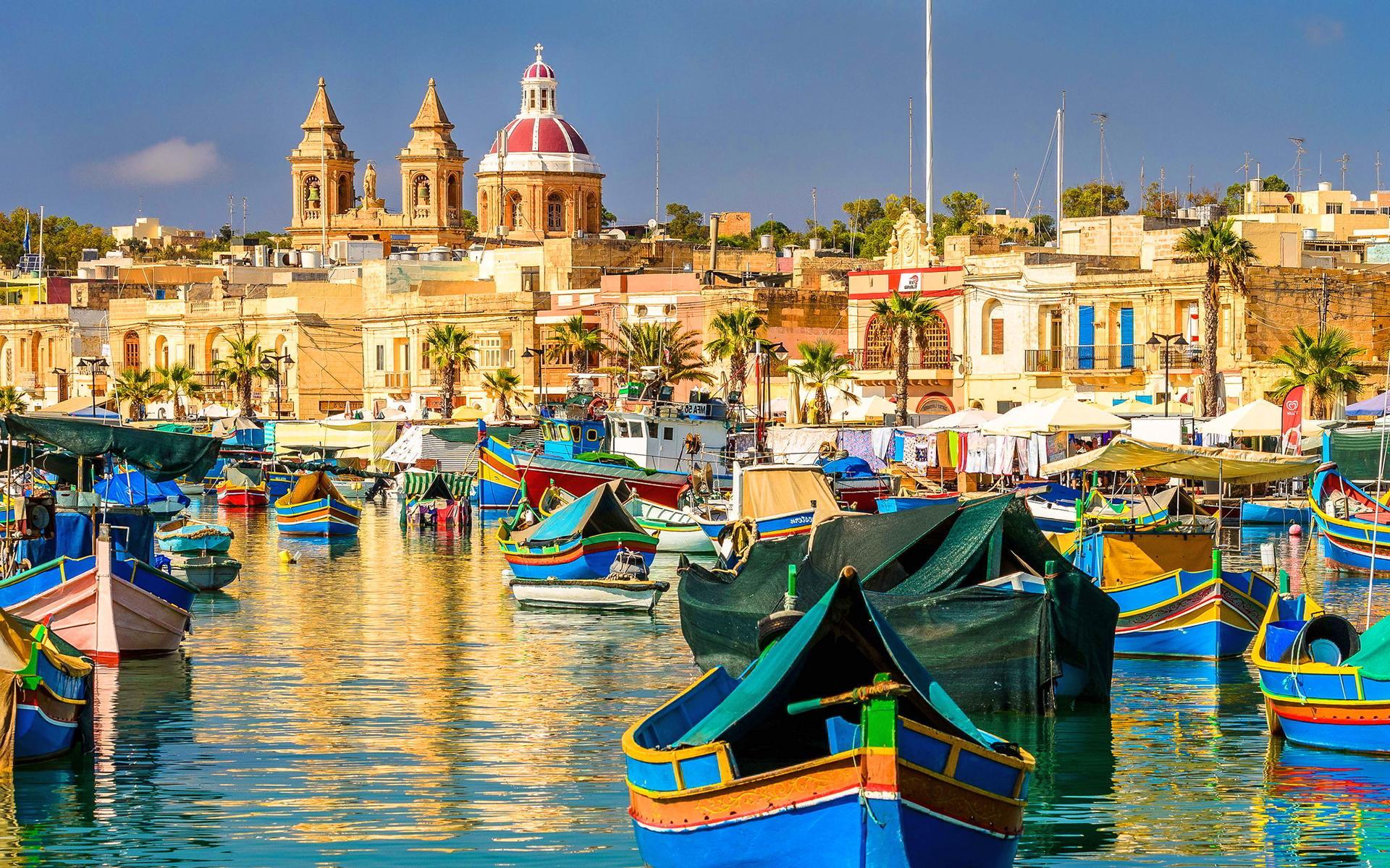 散歩するだけでもワクワクする綺麗な街並みのマルタ島