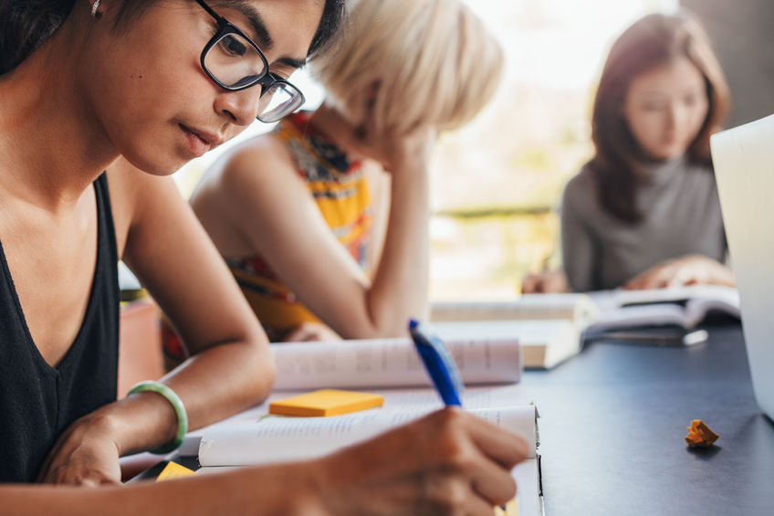 一生分の英語学習を6ヶ月に凝縮。費用を抑えて英語力向上を目指す方にオススメなプランです!