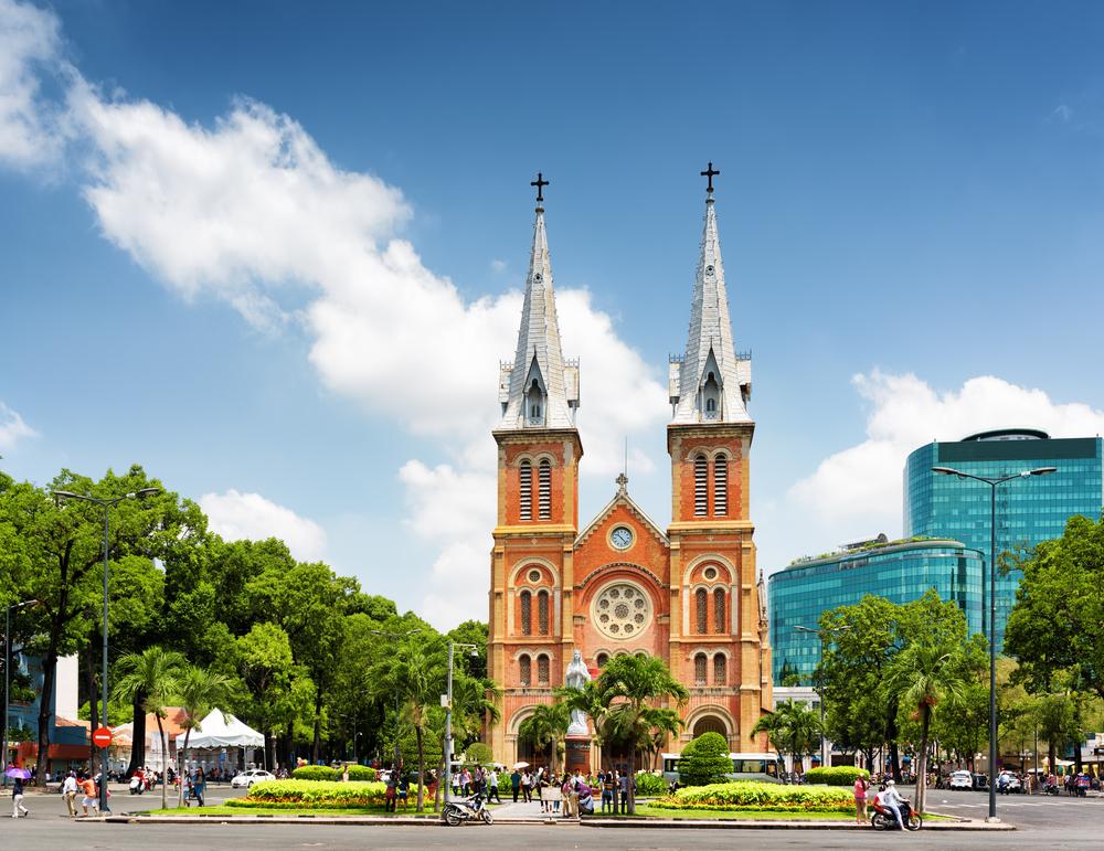 ホーチミンの象徴、サイゴン大教会(聖マリア大聖堂)