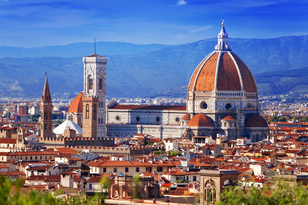 中世の面影を残した美しい街、花の都フィレンツエ♡