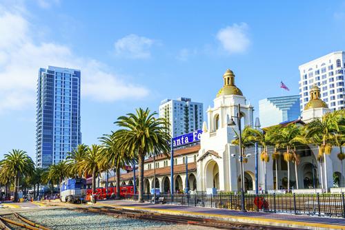 スペイン風の建築物が美しいサンディエゴ