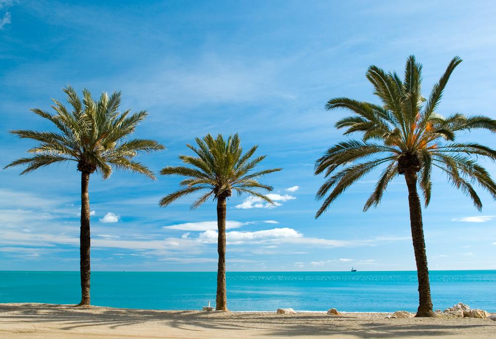 マラガは年中温暖で過ごしやすいビーチリゾート