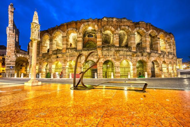 イタリアでオペラを楽しむ!「アレーナ・ディ・ヴェローナ」ってどんなところ?