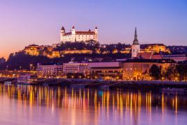 スロバキアのワーキングホリデー(ワーホリ)ビザ申請方法まとめ